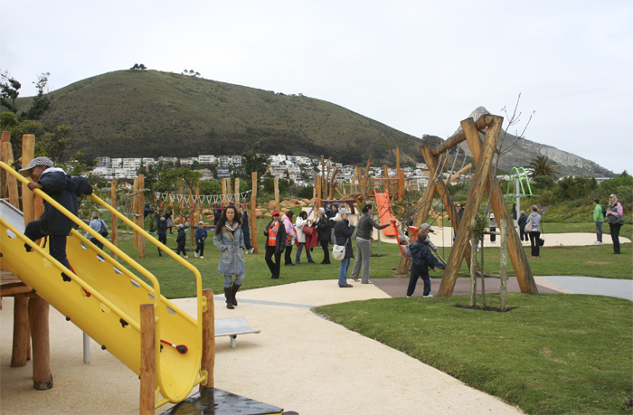 Urban Park Green Point Landscape Project on apparatus solutions